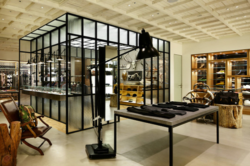 man-on-the-boon-store-seoul
