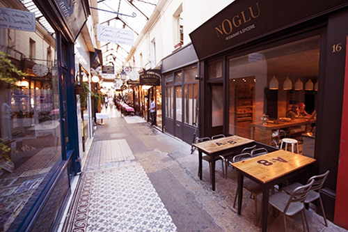 Restaurant Noglu in Parijs